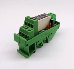 Acoplador a Rele CC2RF12V 8A 2REV. 12VAC/VCC